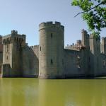 zamek z fosa
